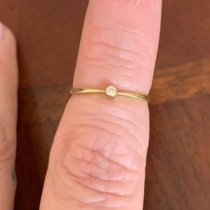 14kt gold ring with stone